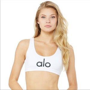 NWT ALO yoga ambient logo bra in white size S